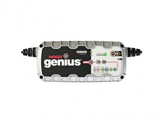 De G26000 Noco genius acculader 12 Volt en 24 Volt 26A